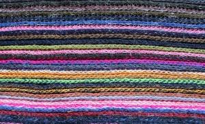 scarf-3155416_1920